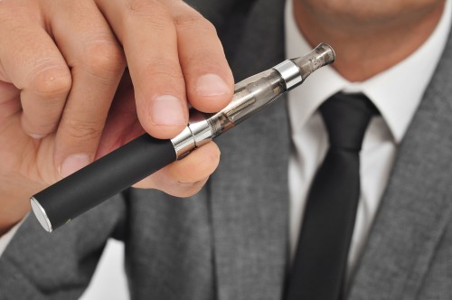 E-Cigarette Burn Injuries Have Been Underestimated By U.S. Government (Here's How You Can Prevent An Injury)